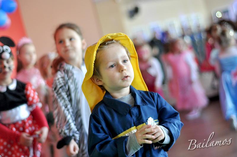 studio-tanca-bailamos-bal-karnawalowy-dzieci-2014-014