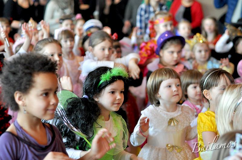 studio-tanca-bailamos-bal-karnawalowy-dzieci-2014-050