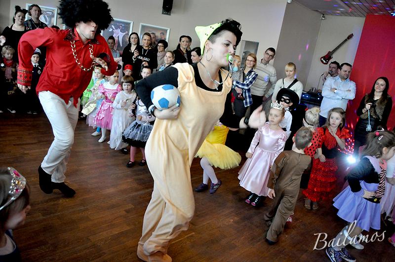 studio-tanca-bailamos-bal-karnawalowy-dzieci-2014-064