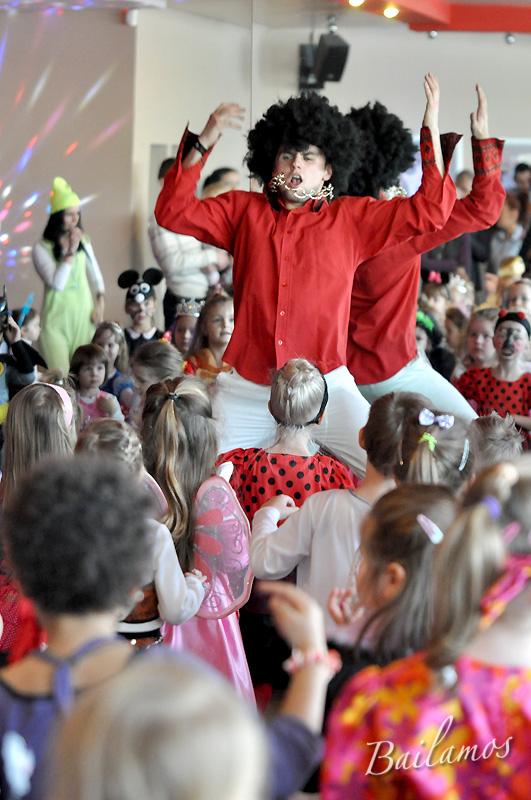 studio-tanca-bailamos-bal-karnawalowy-dzieci-2014-072