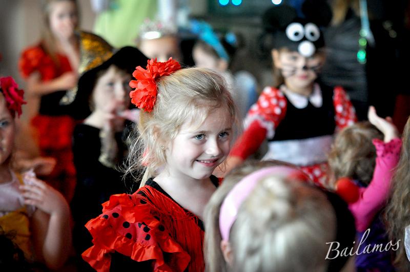 studio-tanca-bailamos-bal-karnawalowy-dzieci-2014-076