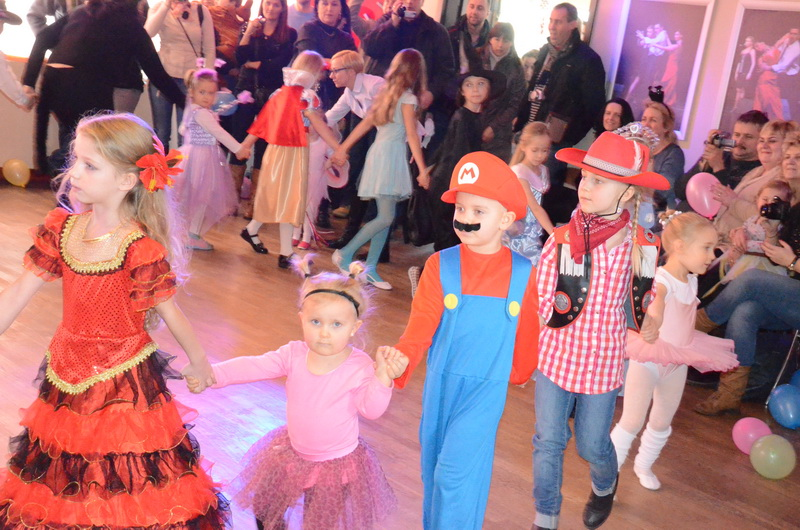 Bal Taneczny dla dzieci w Szkole Tańca Bailamos 01