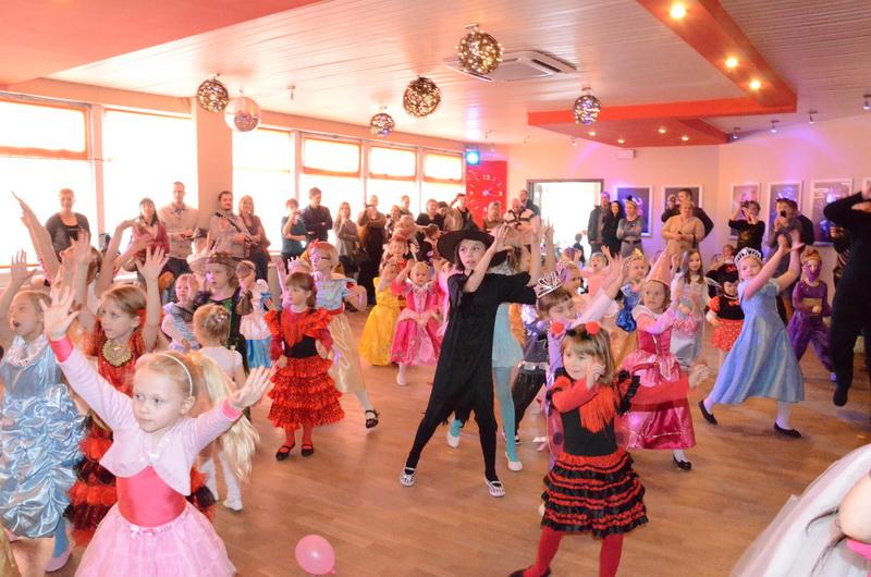 Bal Taneczny dla dzieci w Szkole Tańca Bailamos 08