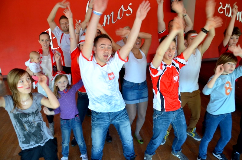 studio-bailamos-bydgoszcz-linowski-piosenka-na-euro-6