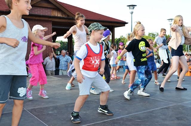 oboz-taniec-hip-hop-bailamos-sepolno-16
