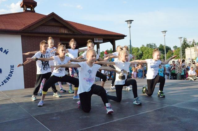 oboz-taniec-hip-hop-bailamos-sepolno-3