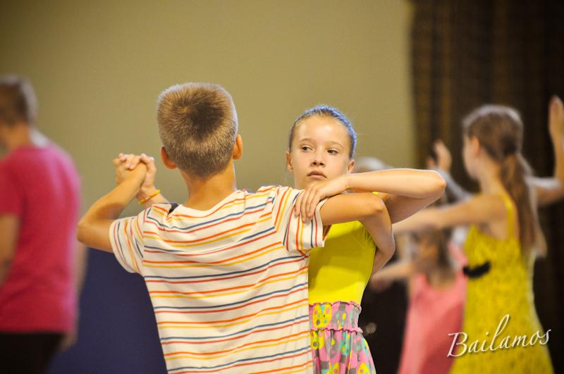 oboz-taneczny-bailamos-taniec-towarzyski-003