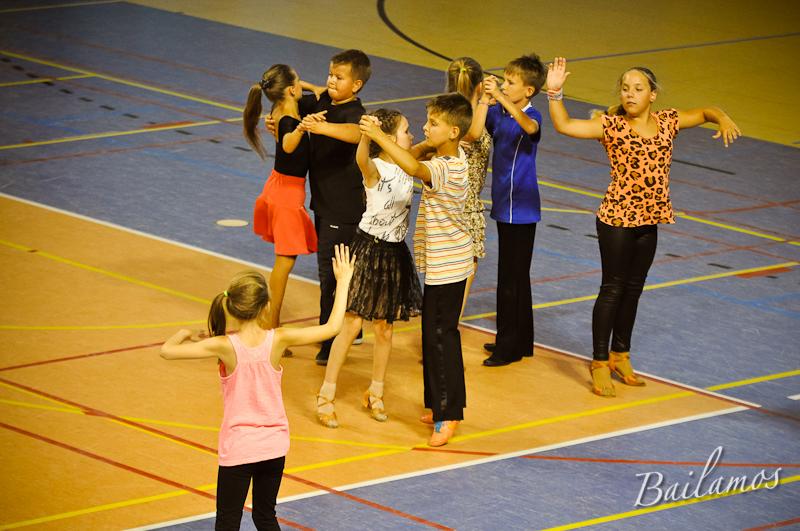 oboz-taneczny-bailamos-taniec-towarzyski-010