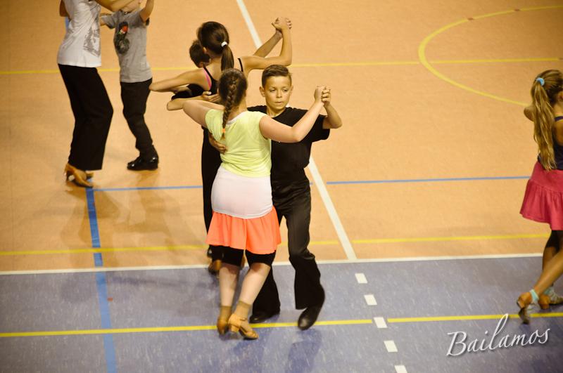 oboz-taneczny-bailamos-taniec-towarzyski-011