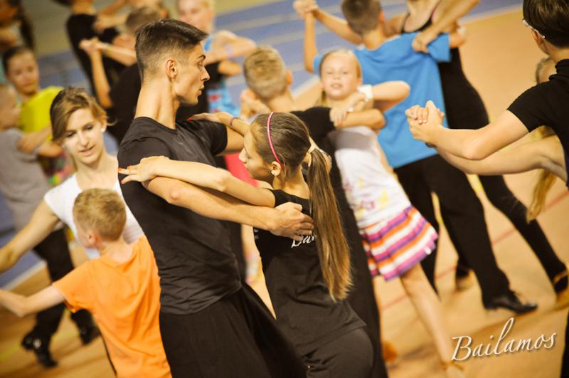 oboz-taneczny-bailamos-taniec-towarzyski-019