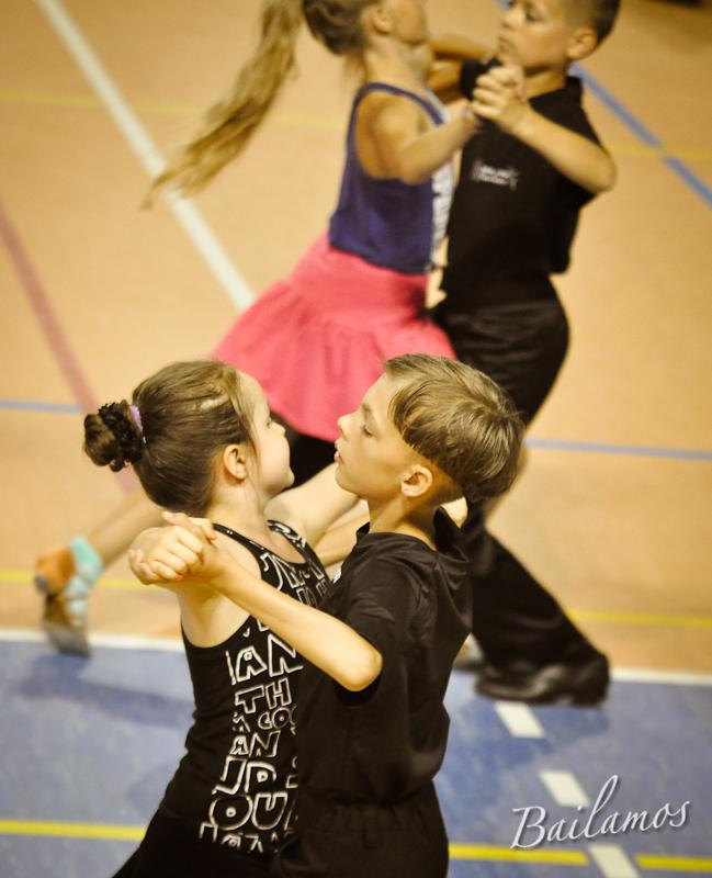 oboz-taneczny-bailamos-taniec-towarzyski-023