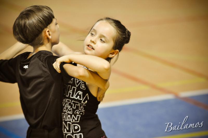 oboz-taneczny-bailamos-taniec-towarzyski-030