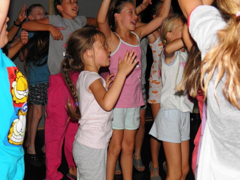 Zabawa dla dzieci Pidżama Party 27