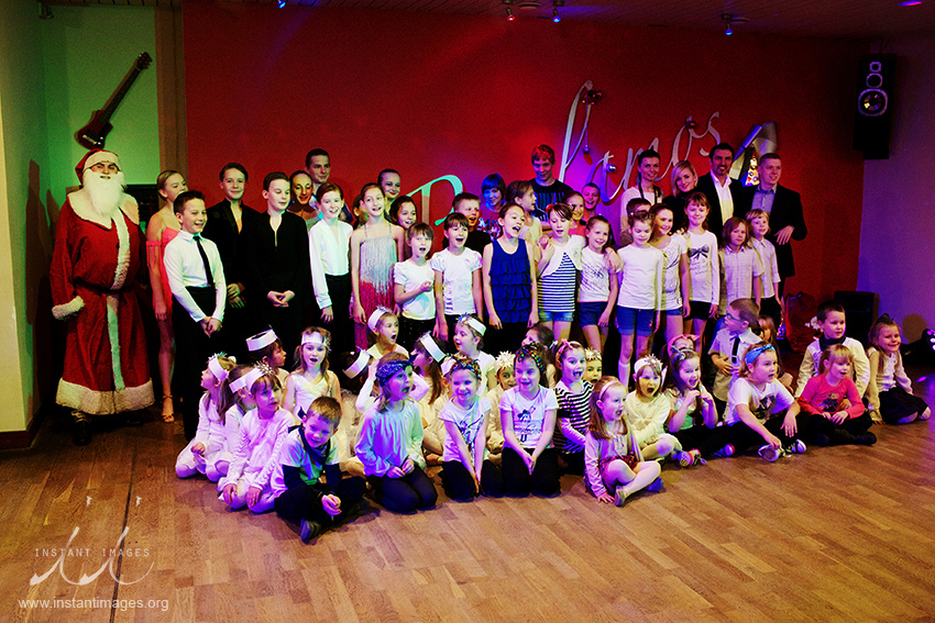 studio-bailamos-robert-linowski-wigilia-2012-dzieci-61