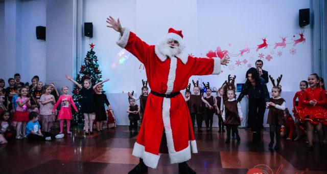 Świąteczne pokazy [GALERIA]